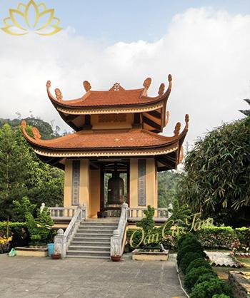 chùa lân yên tử