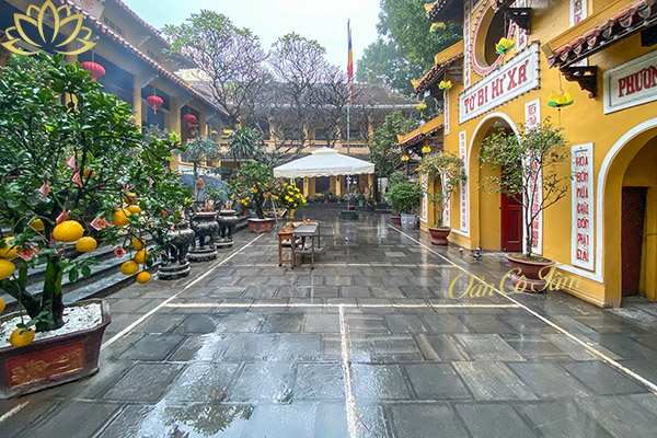 chùa quán sứ