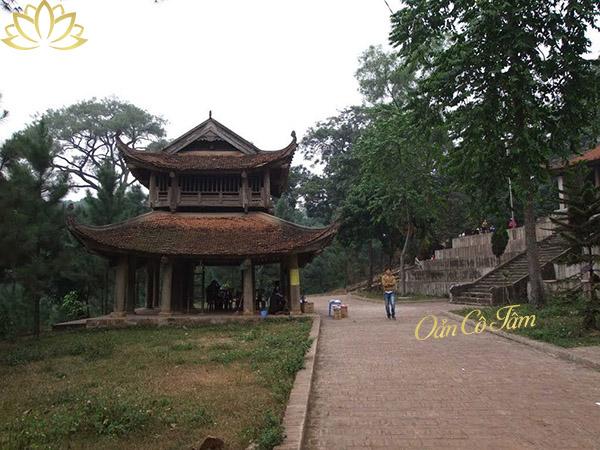 chùa trăm gian